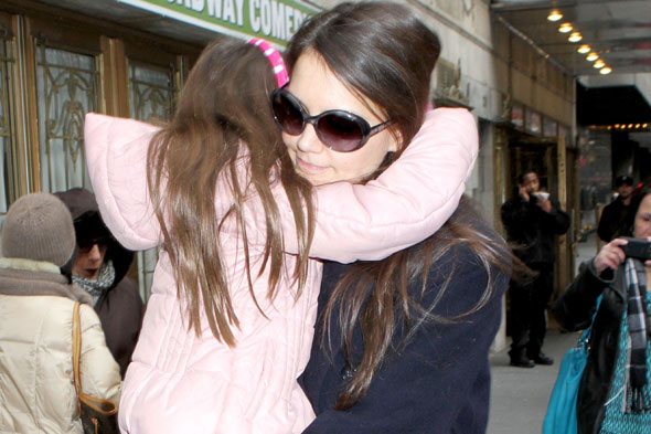 Suri Cruise has run in with fan who wanted mum's autograph