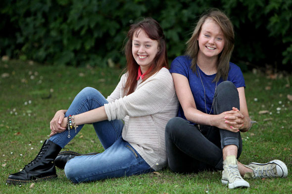 Teen sisters who shed all their skin every day
