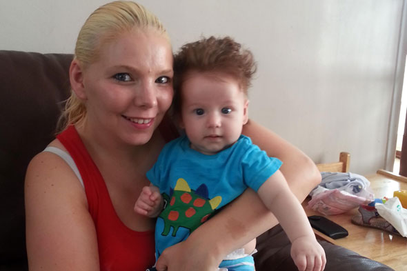 Breastfeeding mum branded 'disgusting' and ordered to leave job centre