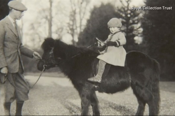 Unpublished pictures of the Queen as a child released to celebrate the birth of Prince George