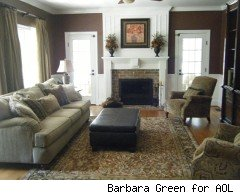 rules for apartment rugs: how to choose carpets that camouflage or