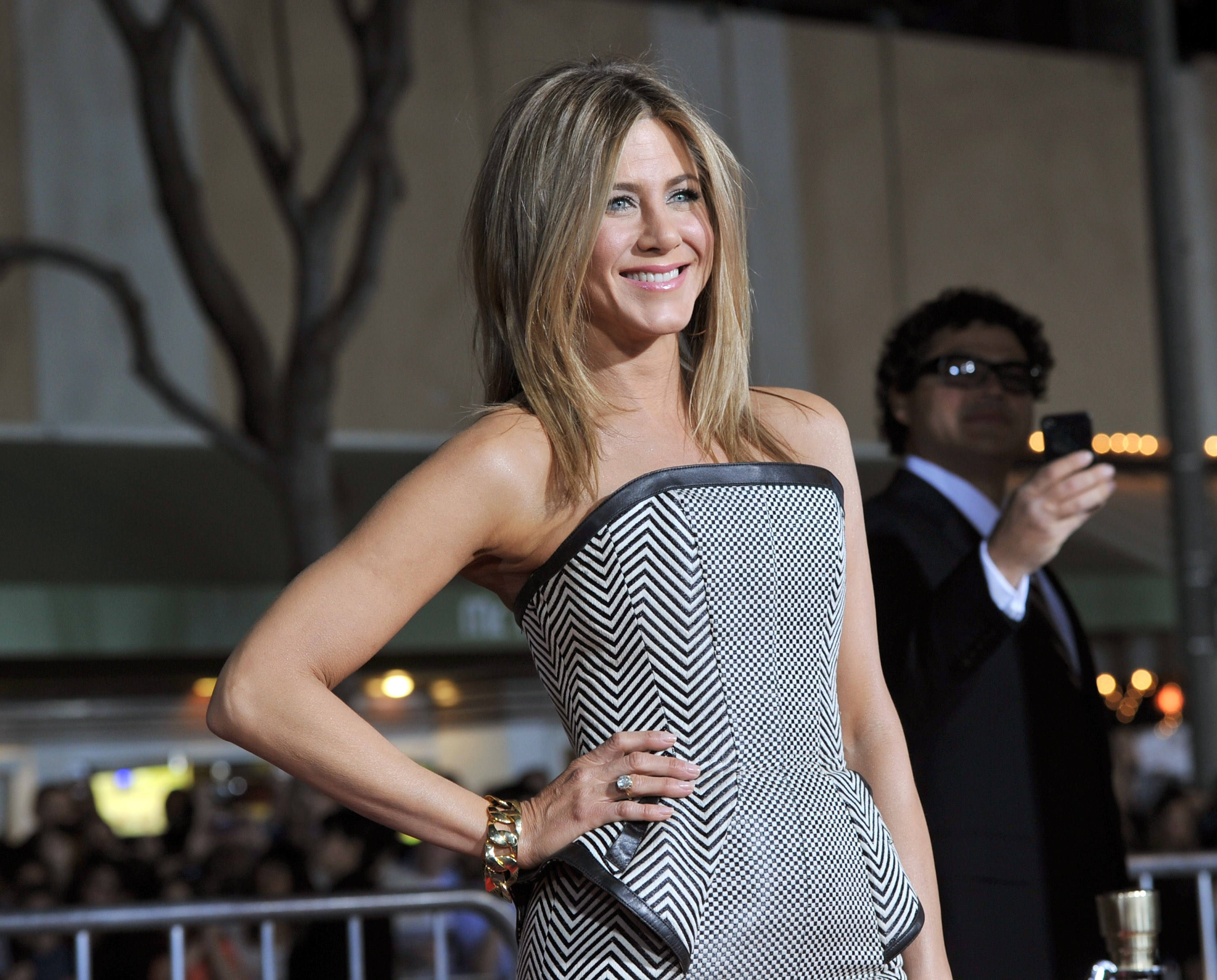 Jennifer Aniston's Famous Hair Gets a Makeover