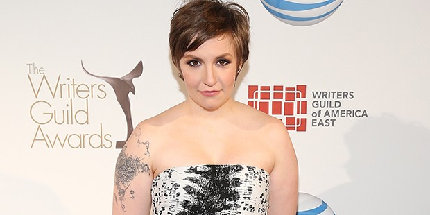 Lena Dunham Smolders at the Writers Guild Awards