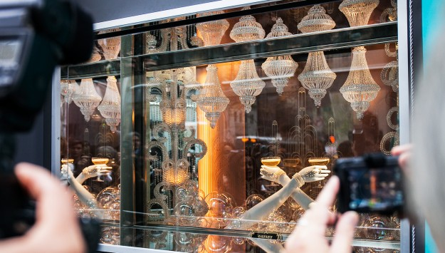 The Great Gatsby Window Unveiling: Breakfast at Tiffany with Baz Luhrmann