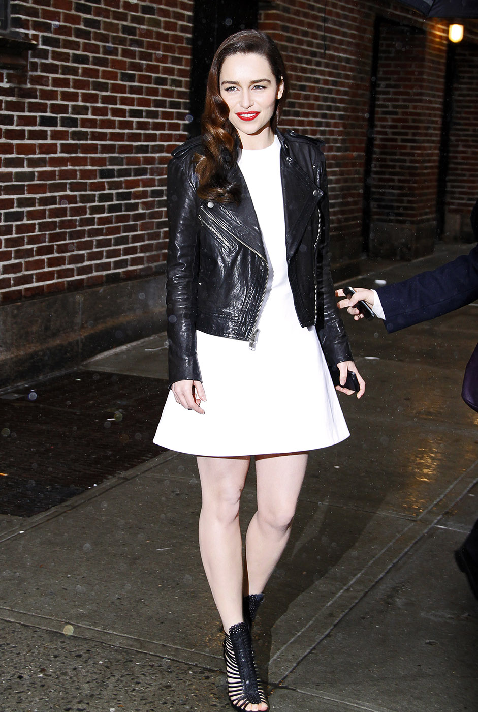 Top 9 At 9 39 Game Of Thrones 39 Star Emilia Clarke 39 S Effortless Style Aol News