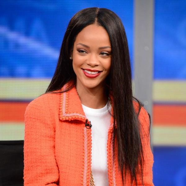 Rihanna Articles, Photos and Videos